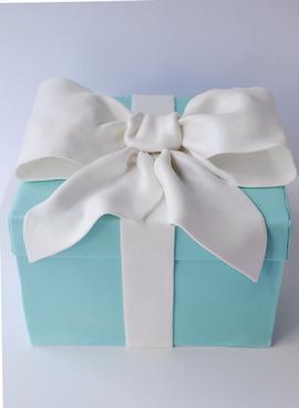 Engagement Cake Design 8