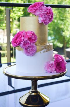 Engagement Cake Design 6