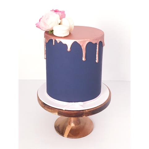 Engagement Cake Design 12