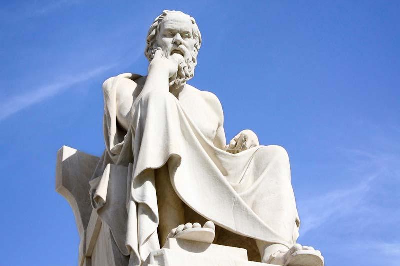 Sokrates-statue-athen.jpg