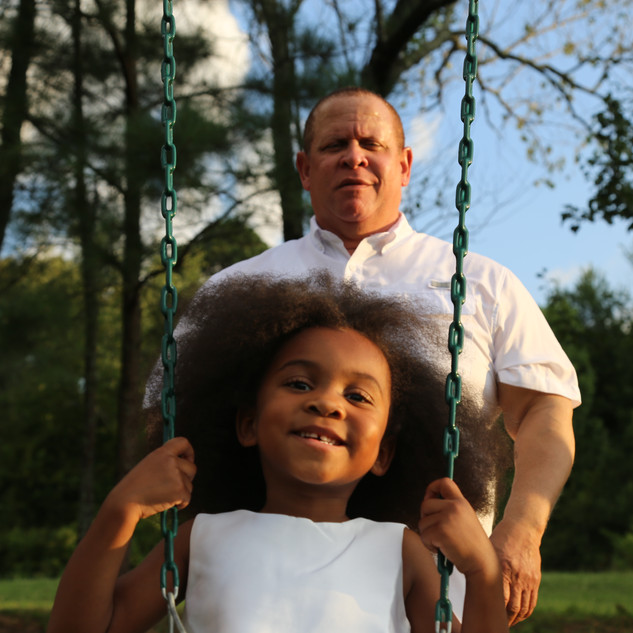 Russell Gilbert Chattanooga Mayor 2021 and granddaughter