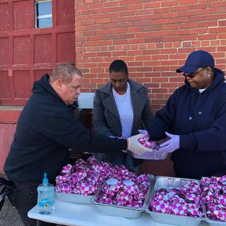 Russell Gilbert Chattanooga Mayor 2021 Volunteering and feeding the community