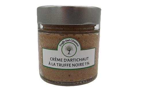 Crème d'artichaut à la truffe noire vue de face.