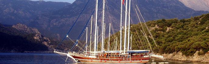sailing-boats-613624_1920.jpg