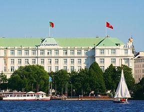 1280px-Hotel_Atlantic_Kempinski_Hamburg.