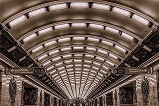 metro-3714630_1920.jpg