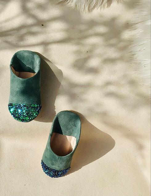 slippers green.jpg