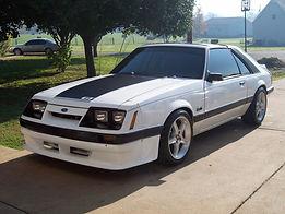 1986 Ford Mustang.jpg