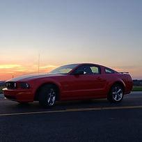 2005 Mustang GT Primium.jpg