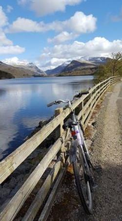 Bike by Llyn Padarn in Llanberis