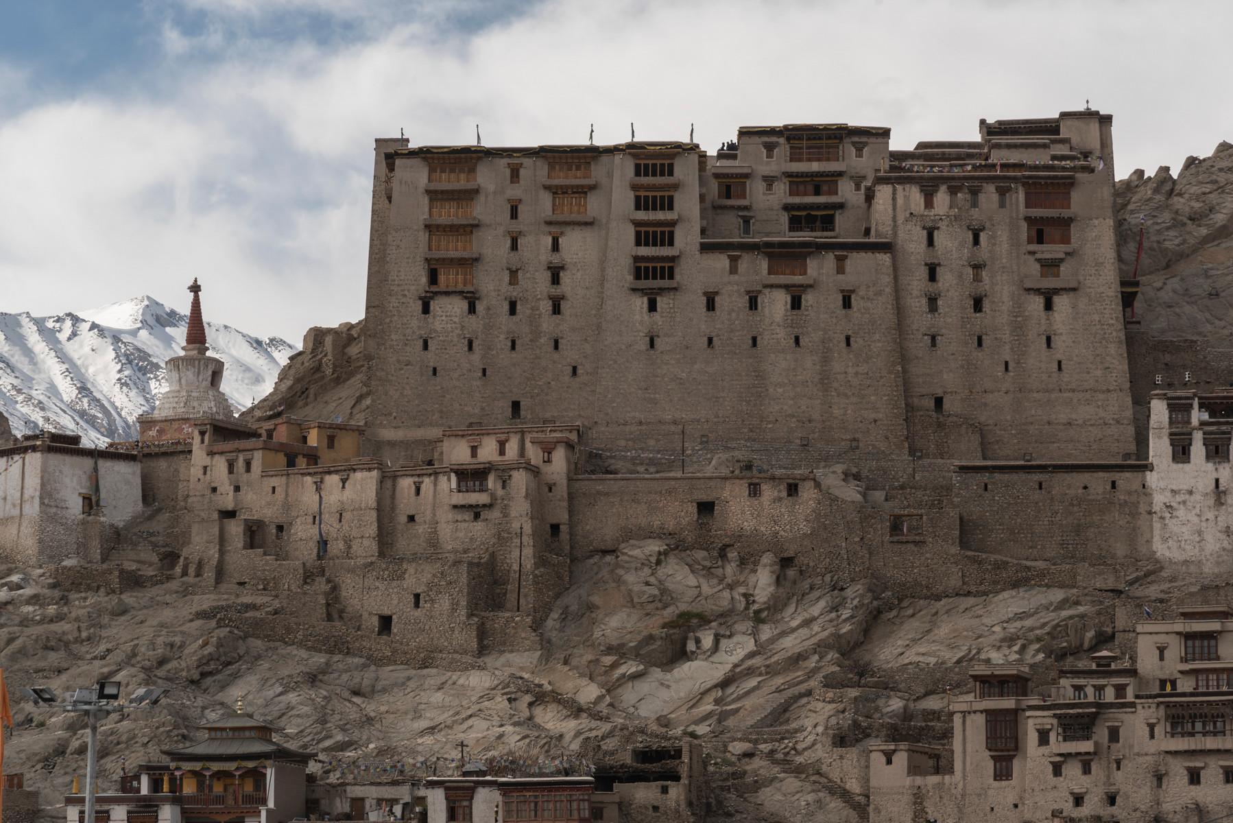 LADAKH - Monasteries & Mountains