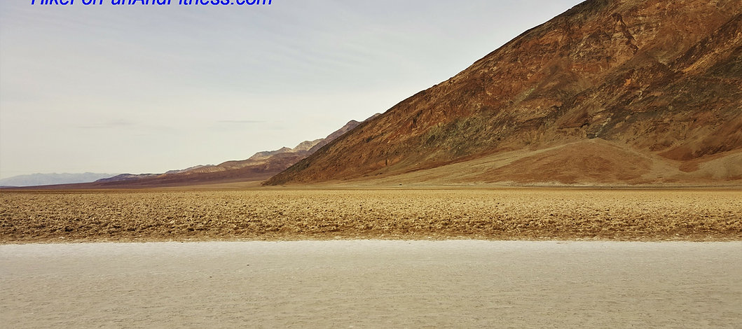 Badwater basin hike, Death valley