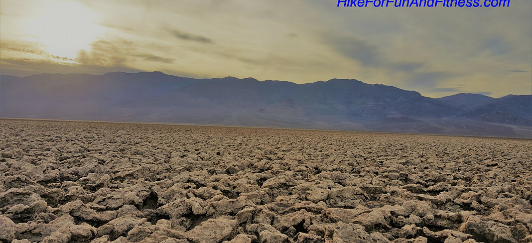 Devil's golf course hike, Death valley