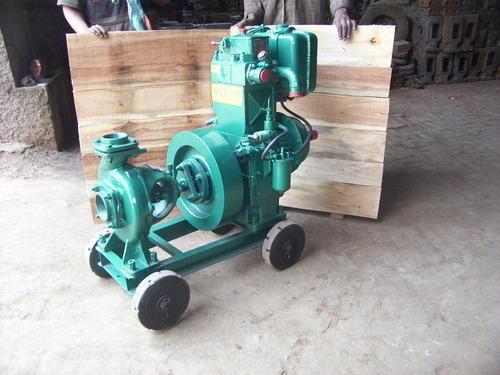 lister-engines-500x500.jpg