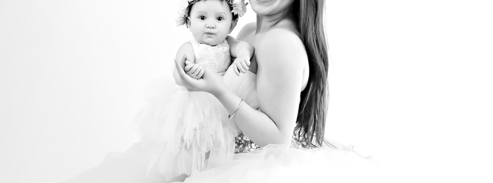Pic 2. Creative mother and baby Photography Studio shoot, Dream Alice Photography & Art, Gold Coast