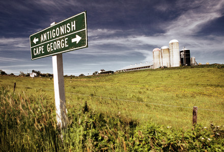 Road-sign-and-Farm_new.jpg