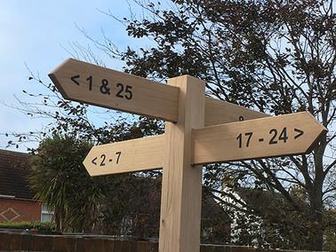 4 way oak fingerpost