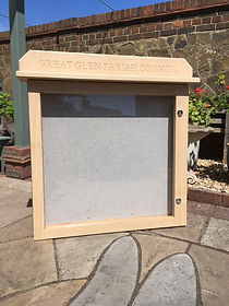 Single door oak noticeboard