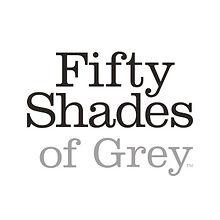 Mit den Fifty Shades of Grey Artikeln können alle spannenden Szenen aus der bekannten Buchreihe nachgespielt werden. Sowohl für Anfänger, als für Fortgeschrittene haben wir die richtigen Fifty Shades of Grey Artikel vorrätig. Hier finden Sie Handschellen um einander anzubinden, erregende Peitschen und Stimulatoren. Diese Artikel lassen alle Fifty Shades of Grey Fantasien Wirklichkeit werden.