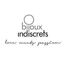 Bijoux Indiscrets bietet eine Kollektion die sich speziell an den Soft SM Liebhaber richtet. Bondage Set, Satin Augenbinde, Handschellen oder Bodypaint Sets.