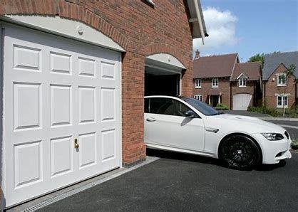 garage door repair wickfoed, garage door