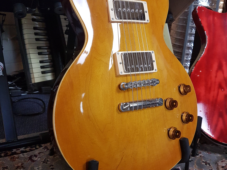 Fidelity Guitars - Finishing Service (3)