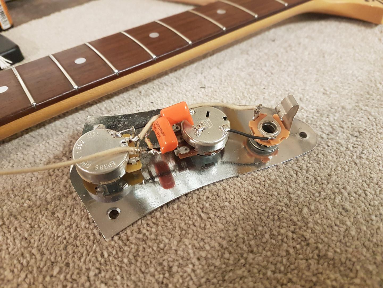 Fidelity Guitars - JW Jag Mod (1).jpg