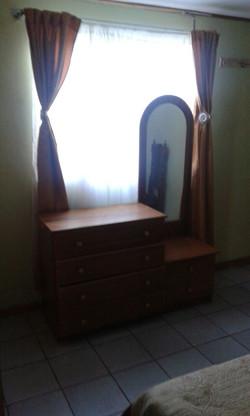 comoda dormitorio dj