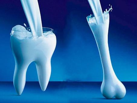 Intolleranza al lattosio e calcio: 8 alimenti possono aiutarti