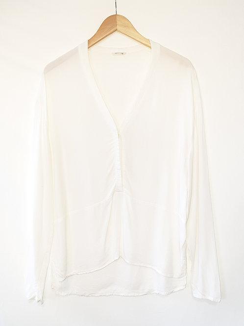 Këmishë e bardhë