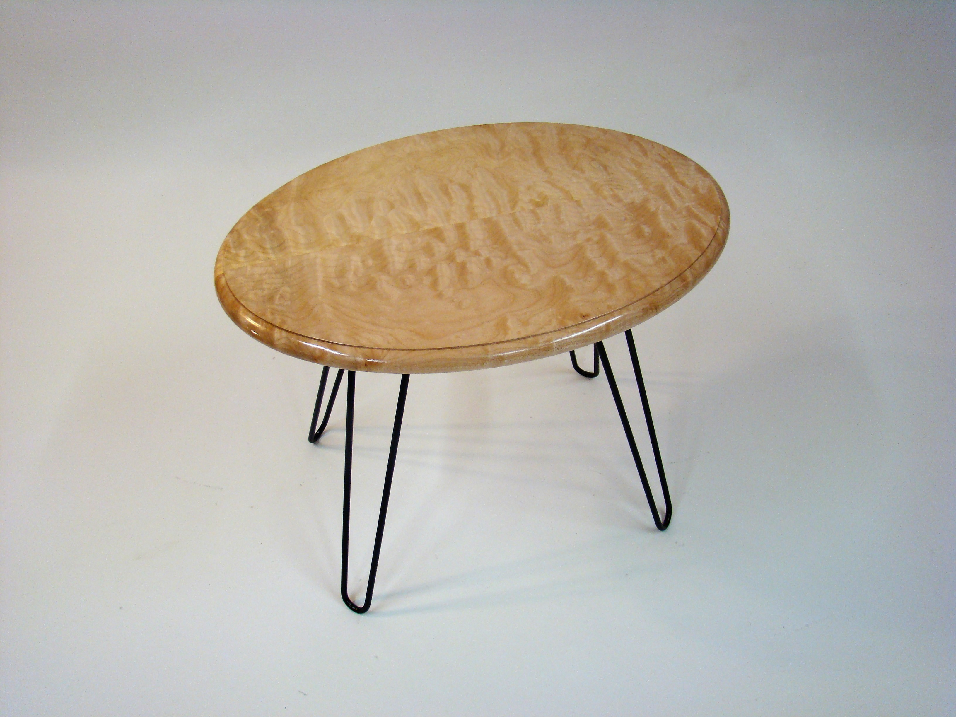 Single Oval Accent Table