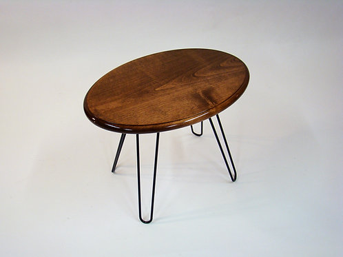 "Single Oval Accent Table - Alder  21-1/4""L x 14-1/2""W x 18""H"