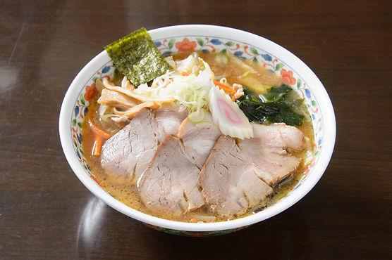 みそチャーシュー麺(坂本屋食堂).jpg