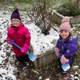 ISIB Early Years snow