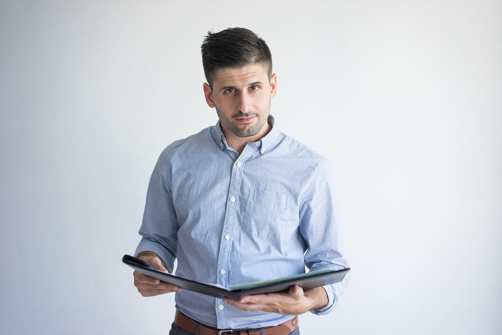 portrait-confident-young-businessman-wit