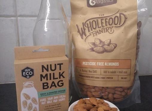 Homemade Almond Mylk