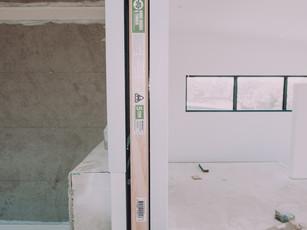 Cavity door into ensuite from master bedroom