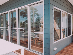 broulee-beach-shack-fibro-modern-sea-cha