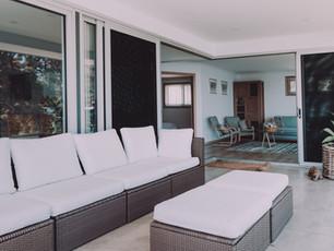 Best example of indoor outdoor living in beach home design