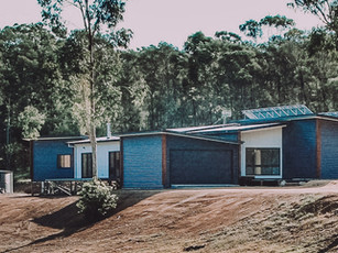 Moruya solar passive modern large lot house plan