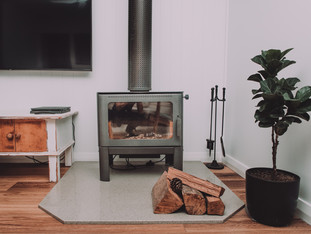 Stand alone fire place