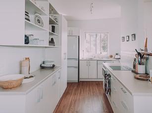 broulee-beach-shack-modern-kitchen-exten