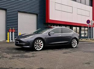 Tesla Model 3 Grise Detailing