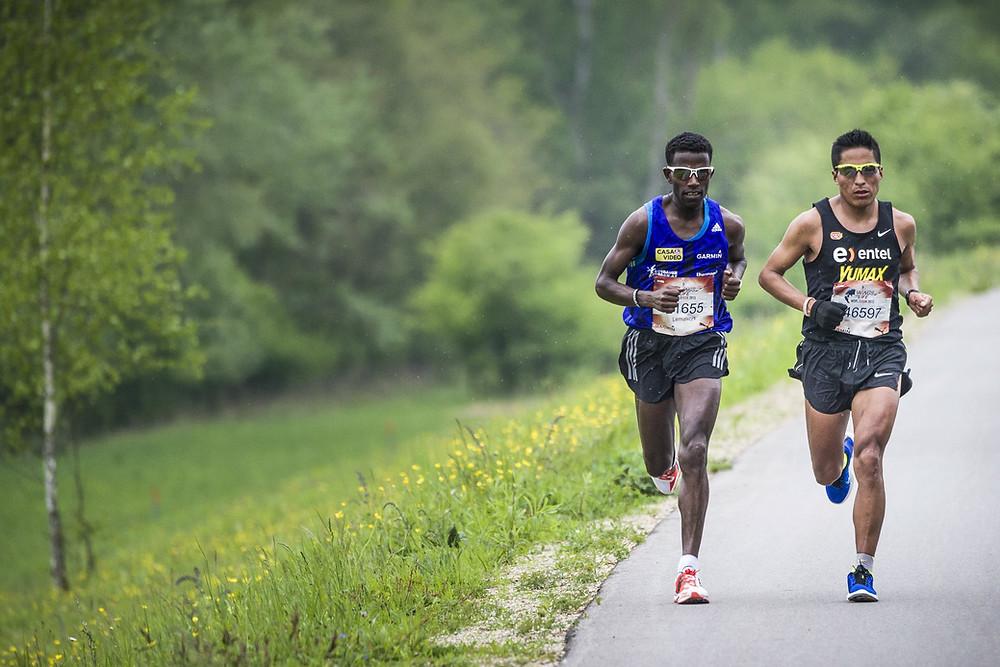Remigio Huaman atleta peruano ultramaraton Wings for Life World Run 2015
