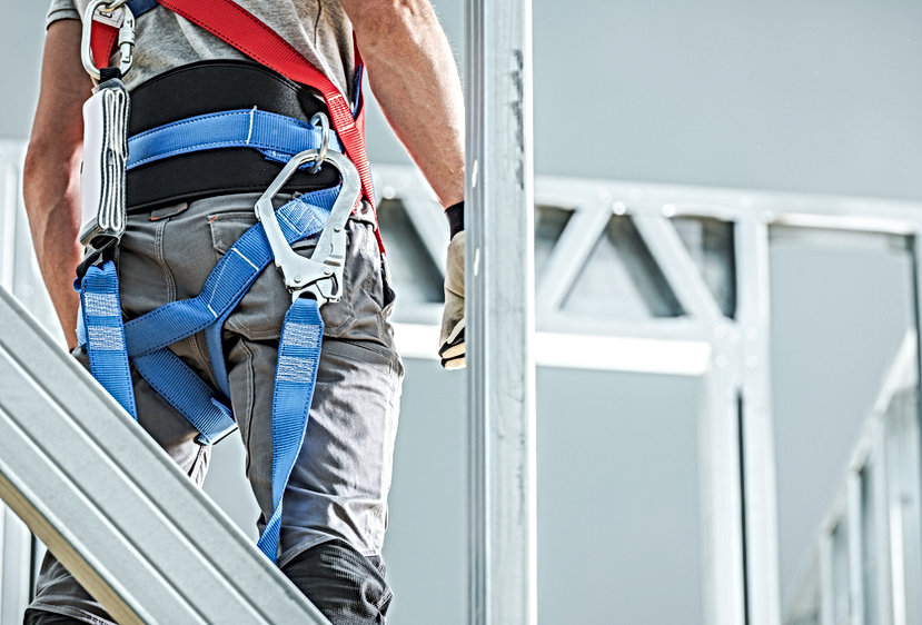construction-safety-harness-CDTHP4B.jpg