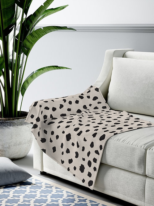 dalmatian print / Velveteen Plush Blanket / super soft