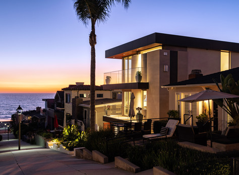 Exquisite Manhattan Beach Custom Home Steps from Sand