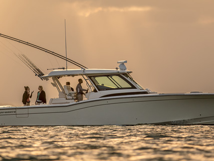 Grady-White Boats: Luxury and Durability: Setting the Standards Others Follow