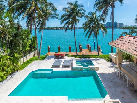 Miami Beach Entertainment Oasis