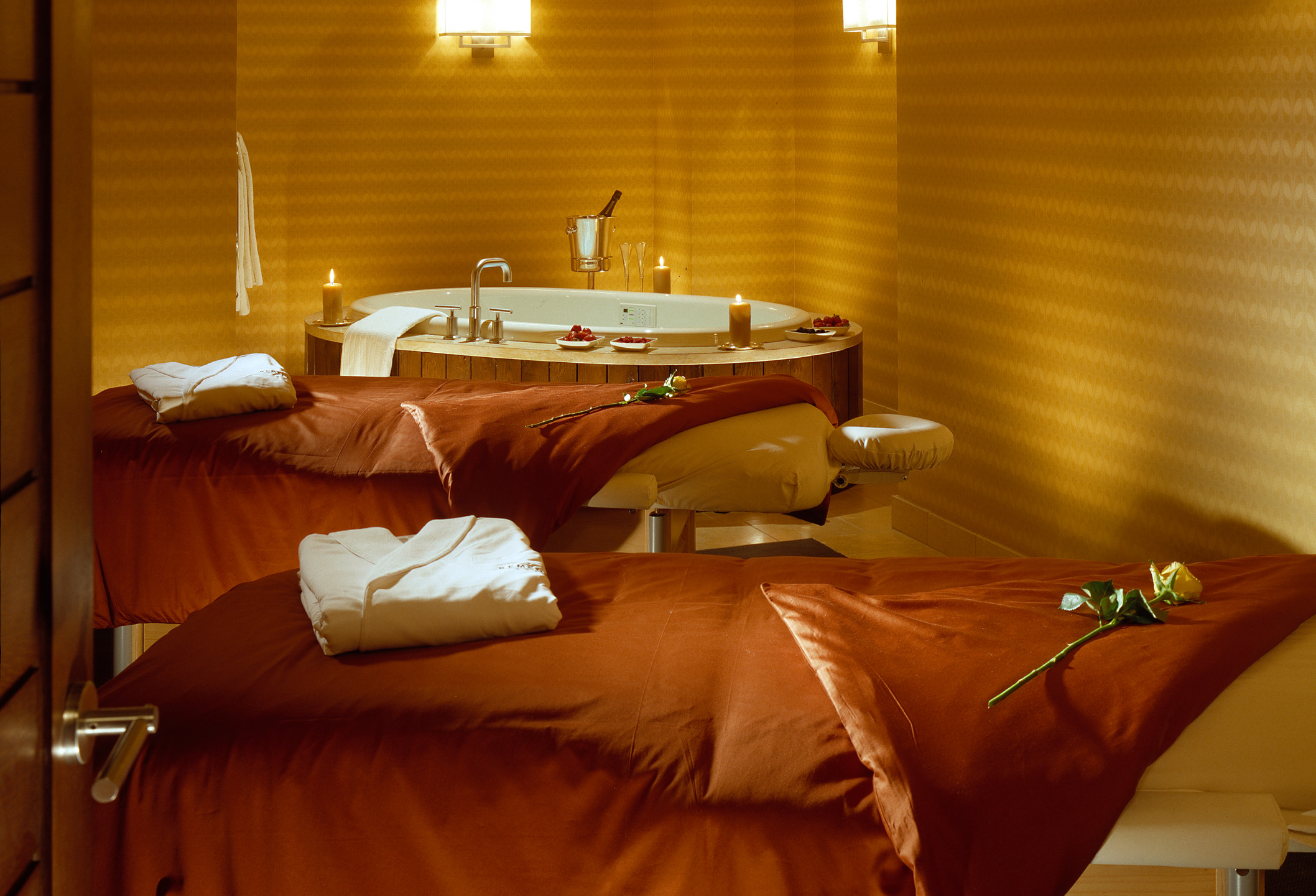 Remede Spa Couples Treatment Room